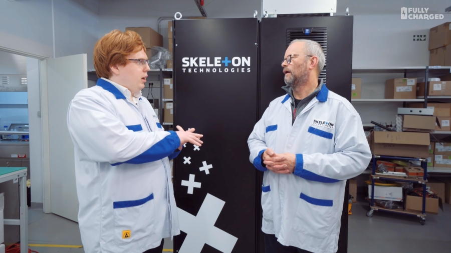 Folly Charged visited Skeleton Technologies factory. Photo from video.